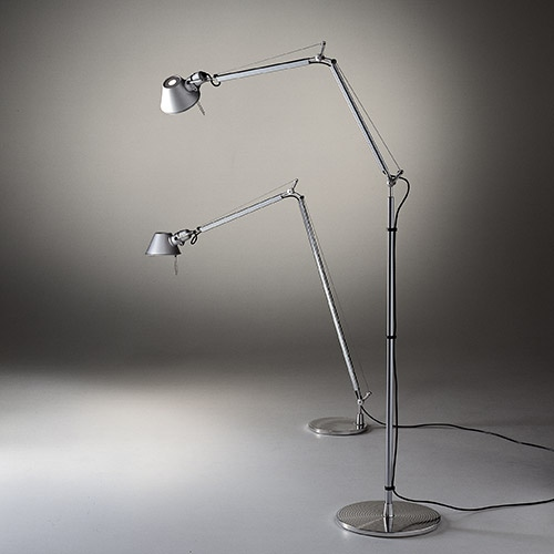 Tolomeo corpo con base per terra, diam.33cm e Tolomeo reading floor con base diametro cm.23