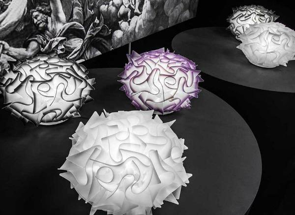 Lampada da tavolo veli di slamp in opalflex metacrylate base